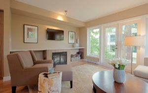Nicely staged family room to illustrate tips on home staging.